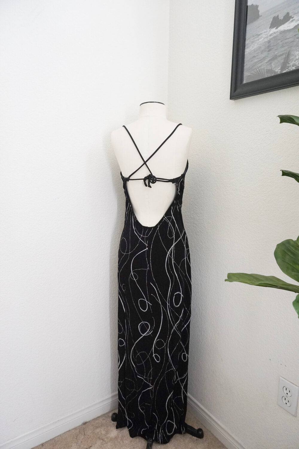 Vintage abstract print maxi dress with deep side slit