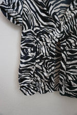 Load image into Gallery viewer, Guess zebra print puff sleeve button casual top