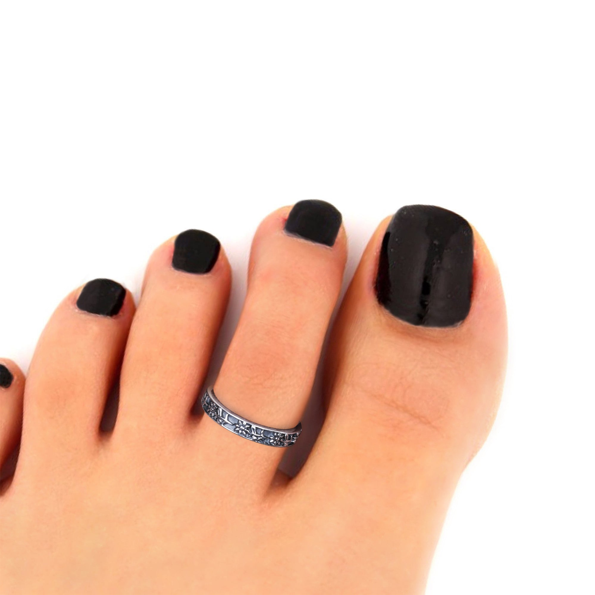 Oxidised Silver Flower Motif Toe Ring