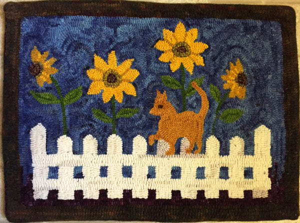 Midnight Kitty - Rug Hooking Supplies