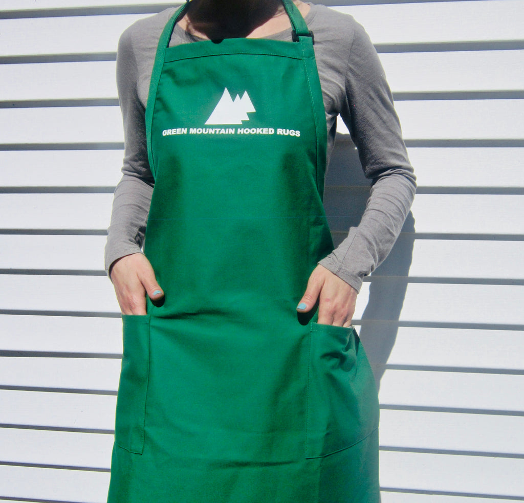 Green Mountain Long Apron - Rug Hooking Supplies