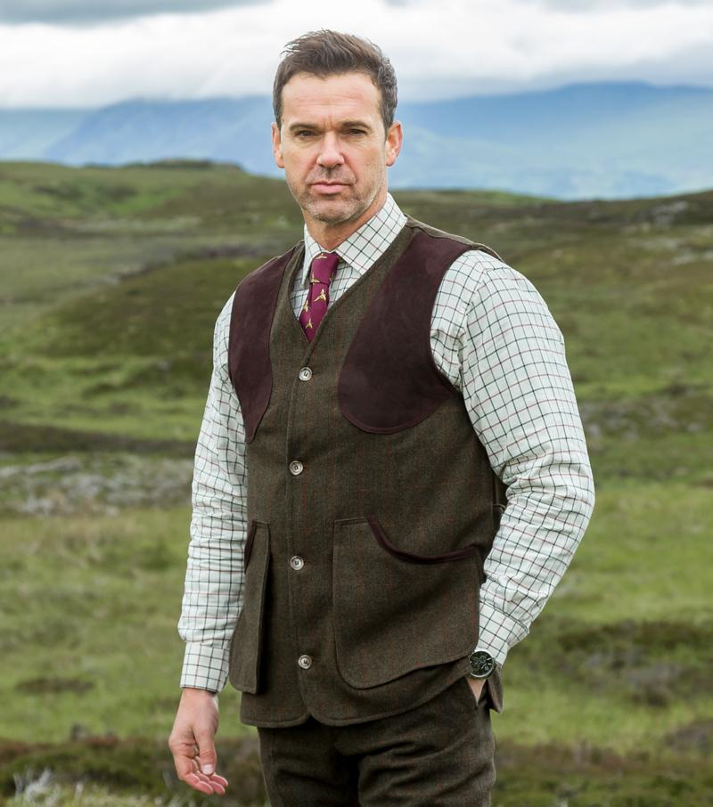Harewood lambswool tweed shooting vest, mørk grøn herringbone