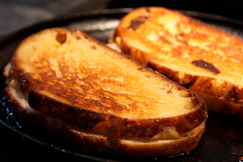 KIDS GRILLED CHEESE - HUNGERSSTOPYYC