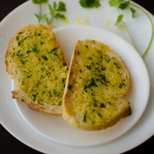GARLIC TOAST - HUNGERSSTOPYYC, hungers stop, hungersstop, burgers calgary, best burgers calgary, fish and chips calgary, best fish and chips calgary, best restaurant calgary