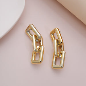 Link up - Square Hollow Out Clasp Earrings