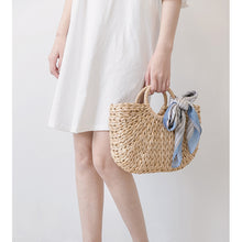 Load image into Gallery viewer, Handwoven Corn Husk Basket Tote Bag