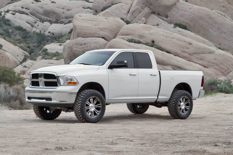 Fabtech 09-11 Ram 1500 4WD 6in Perf. System w/DL 2.5 Resi Coilovers & Rear DL Shocks