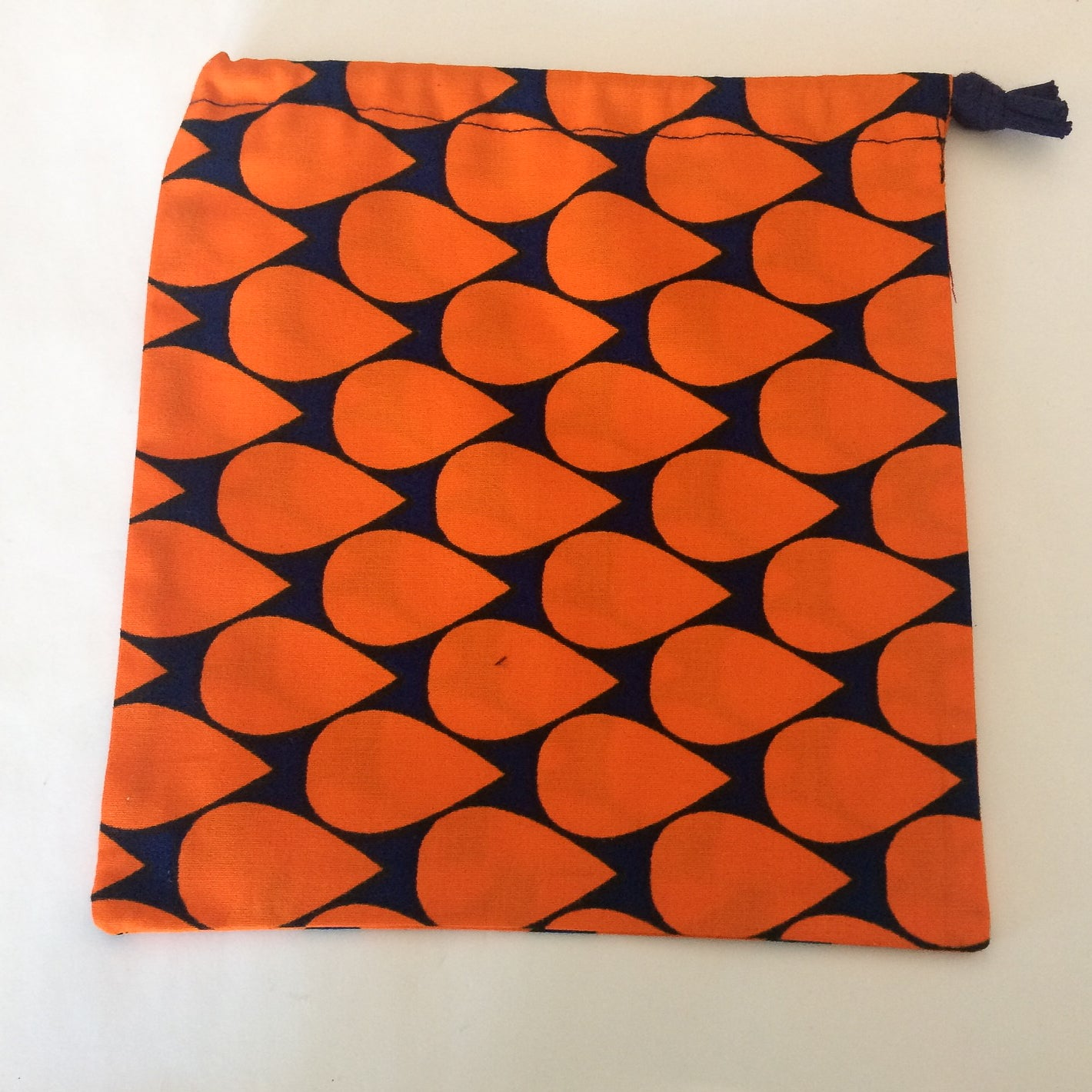 Drawstring bag - Orange tear drops, large