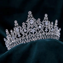 Load image into Gallery viewer, #R33124 Crown