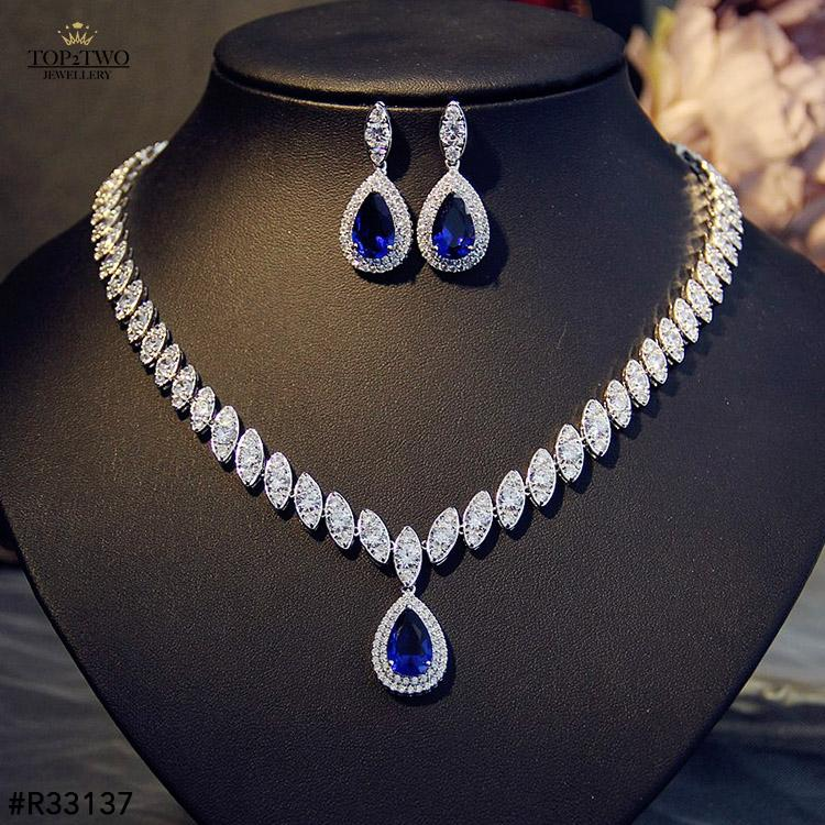 #R33137 Earrings + Necklace (Two-piece )