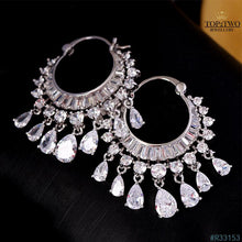 Load image into Gallery viewer, R33153 Earrings