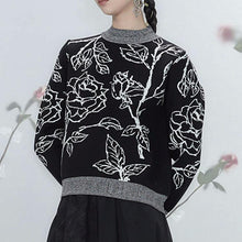 Load image into Gallery viewer, Flower sweater crew neck top