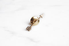 Arrow lapel pin - brass