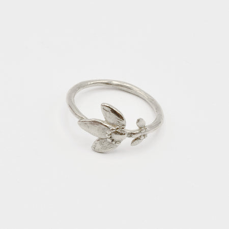 Petite Flower Stem ring - silver