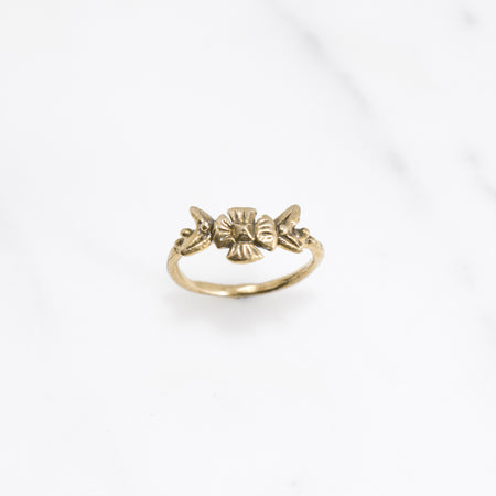 Flora ring - brass