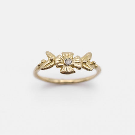 Flora ring - 10k gold with diamond