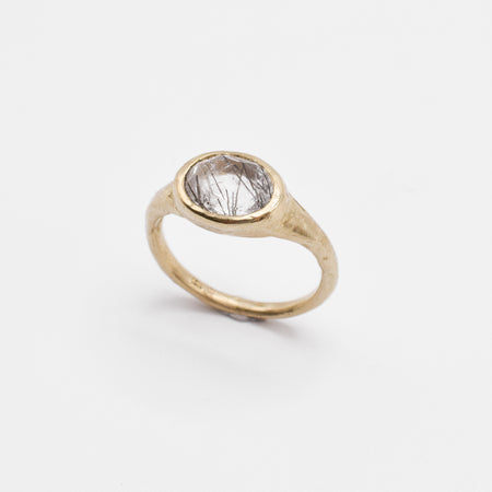 Oval signet ring - 10k gold with rutilated quartz