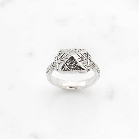 Deco Pyramid ring - silver
