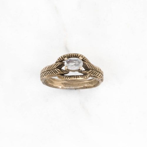 Moonstone deco ring - brass