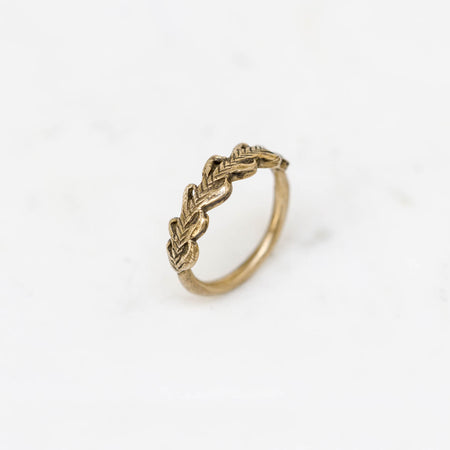 Laurel Crown ring - brass
