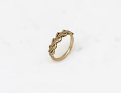 Laurel Crown ring - golden brass