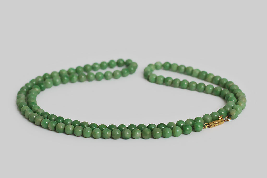 Victorian Natural Burmese Jadeite Green Uniform Jade Bead Necklace
