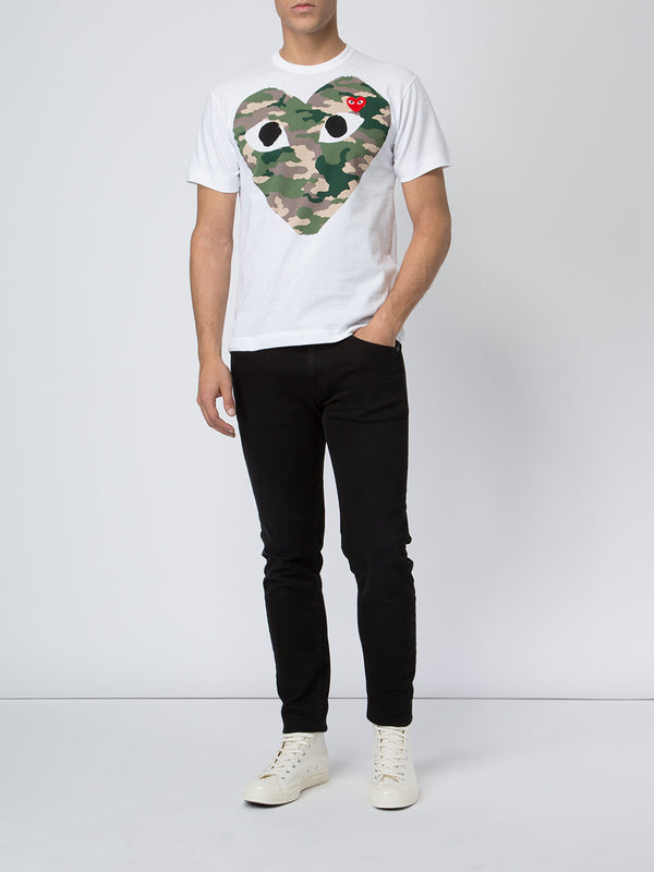 Short Sleeve Tee Graphic Camouflage Heart - White