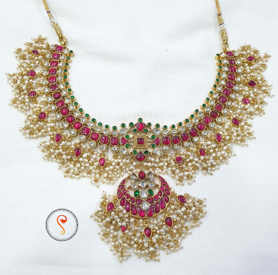 white kundan necklace