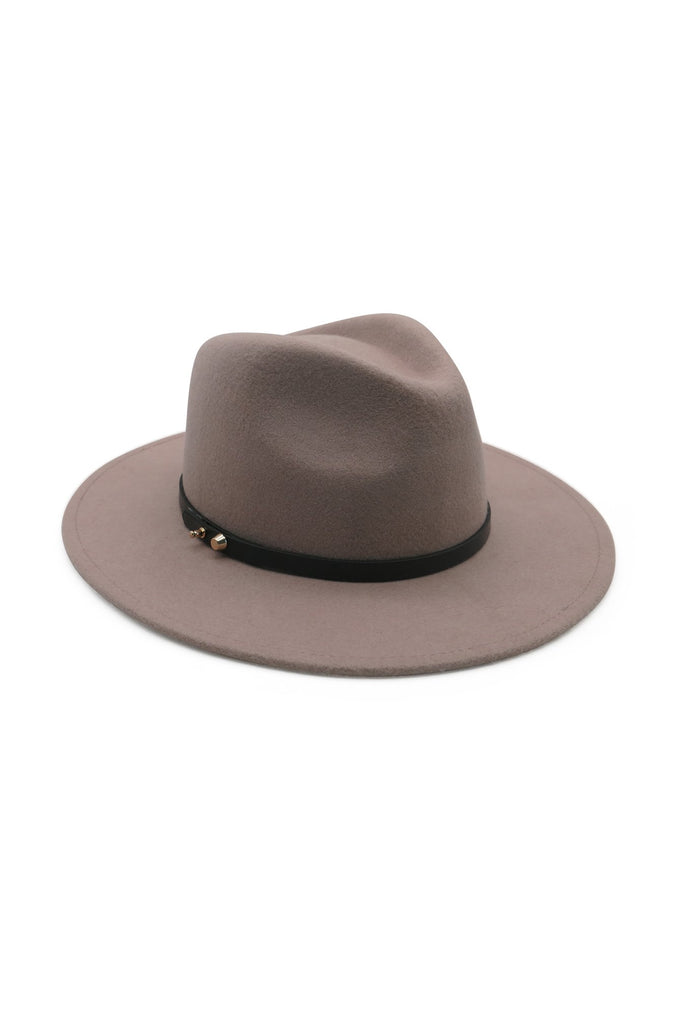 CLAY FELT FEDORA WITH PU AND THE SIDE STUDS