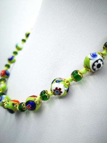 Necklace with Murano beads. Pearl decorations. Green