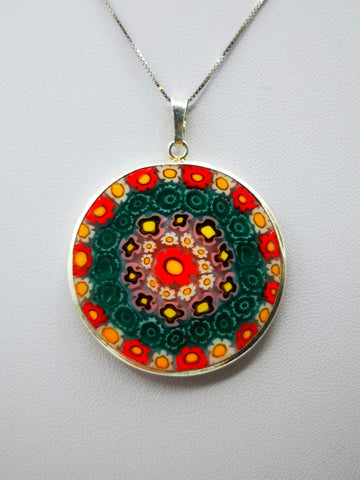 5 COLORS. Silver necklace with murrina pendant.