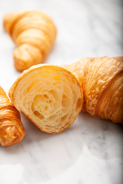 Plain Pure Butter Croissant - FROZEN - Pack of 6 pcs