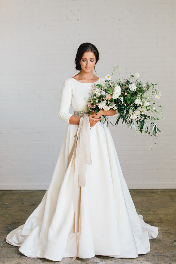 Loretta Wedding Dress