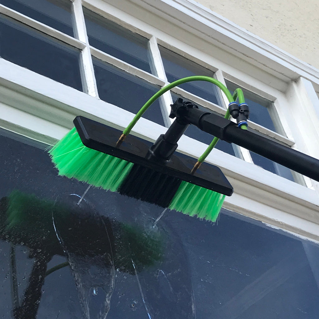 Aquaspray 25 waterfed telescopic pole on window