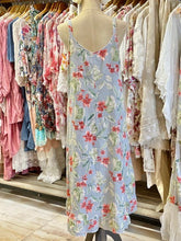 Load image into Gallery viewer, Floral linen dress