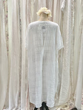 Load image into Gallery viewer, Linen rose dress