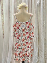 Load image into Gallery viewer, Floral cut out shoulder dress