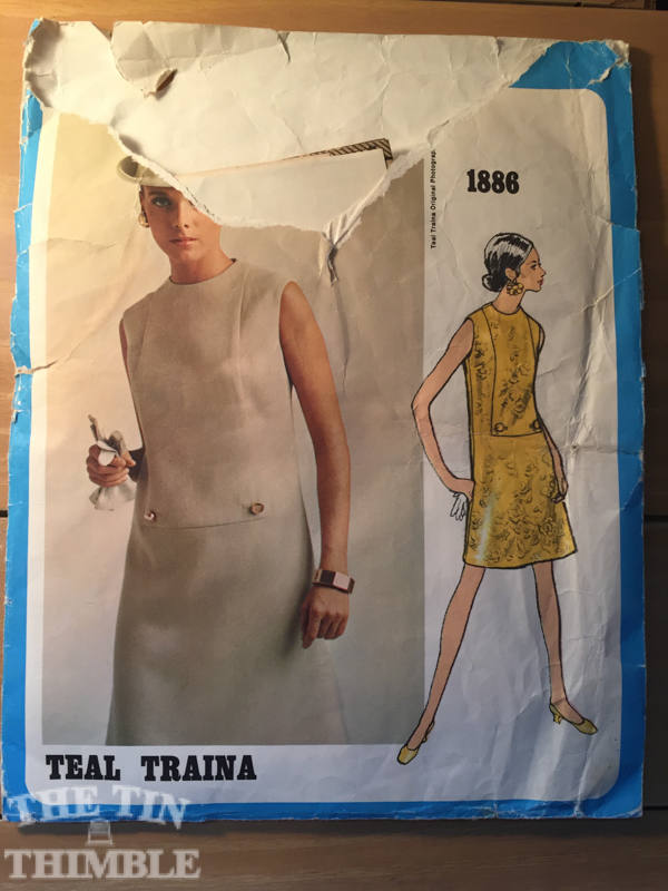 Vintage Sewing Pattern / Vintage Vogue / Vogue 1886 / Teal Traina / Mod Dress / Size 12 Breast 34 - Vogue Americana / Shift Dress