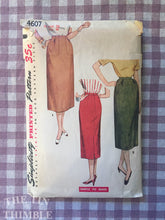 Load image into Gallery viewer, Vintage 1950's Simplicity One Yard Skirt Pattern 4607 - Waist 26 - Vintage Simplicity  / 50s Skirt Pattern / MIdi Skirt Pattern