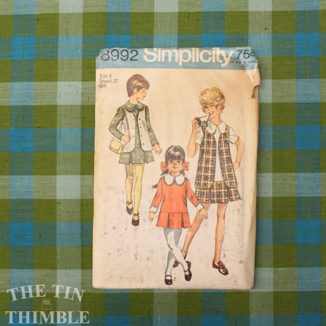 Girls Dress Pattern / 1970's Dress Pattern / Vintage Sewing / Simplicity 8992 / Bust 27 / Size 8 / Detachable Collar Cuffs /QUICK LIST