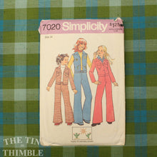 Load image into Gallery viewer, Vintage Sewing Pattern / 1970s Pants Pattern / Simplicity 7020 / Bust 32 / Size 14 / Flared Pants / Bell Bottom Pants / Jacket / QUICK LIST