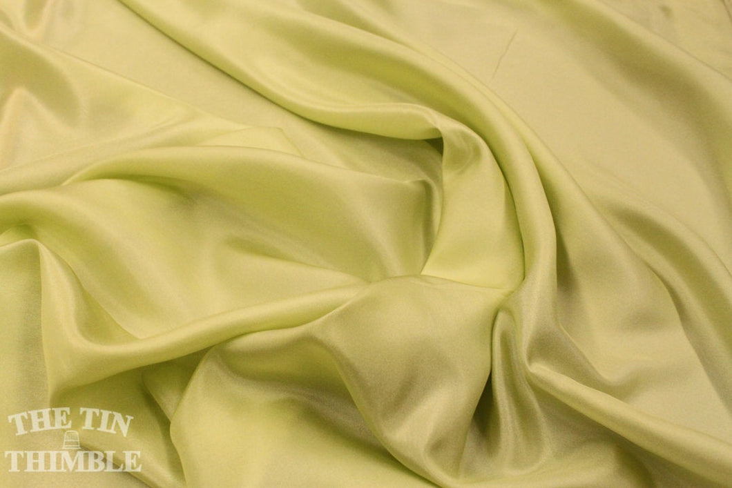 Silk Fabric / China Silk / Habotai / 1 Yard / 100% Silk / Spring Green Silk / Green Silk / Silk by Yard / Garment Fabric / Silk Felting