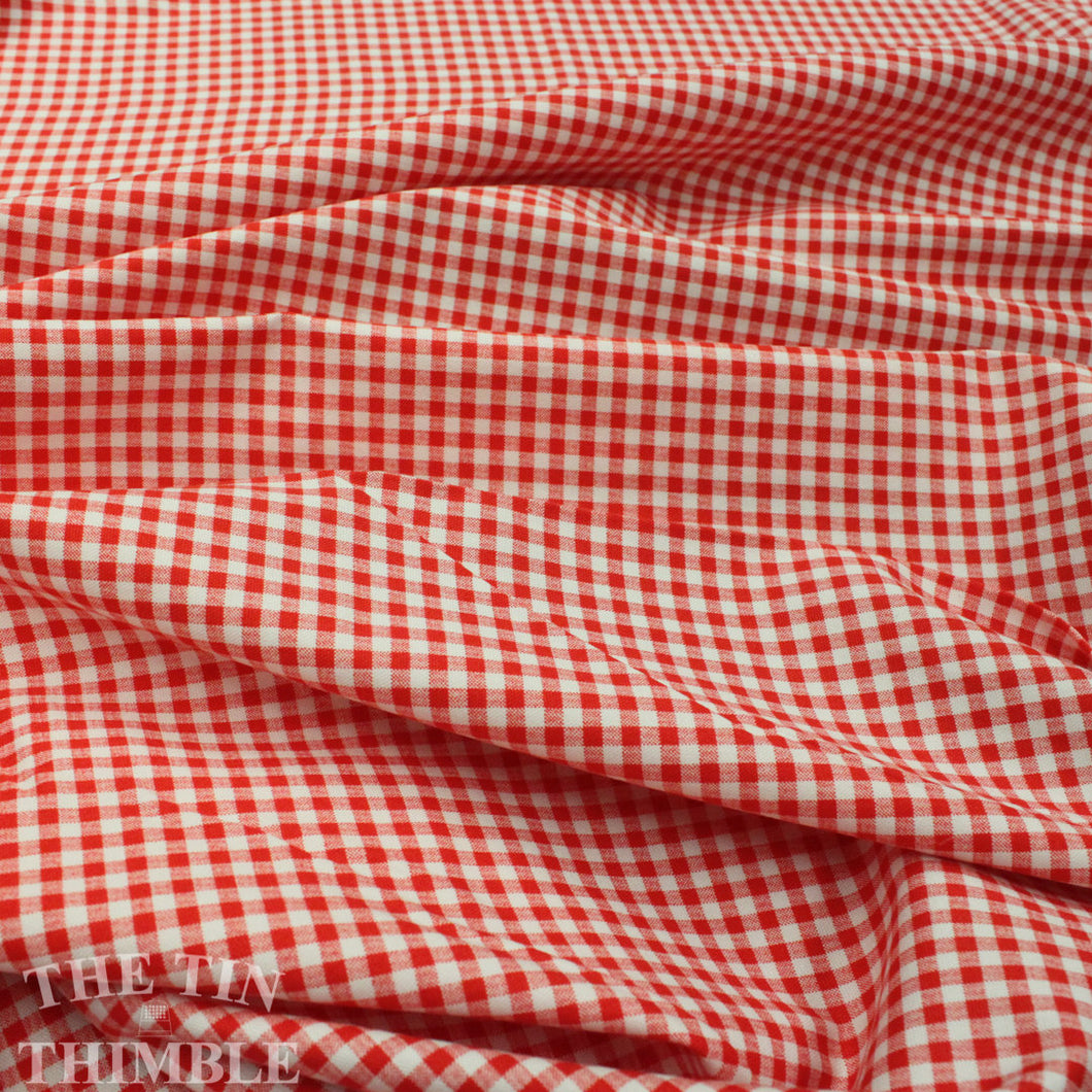 Red Gingham Oxford Fabric - 1 Yard - Cotton Fabric / Fabric by Yard / Kokka Gingham / Japanese / 100% Cotton Gingham / Red White Check