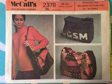 Load image into Gallery viewer, Vintage Shoulder Bag Pattern / 1970s McCall's 2378  - With Letters - UNCUT - Gym Bag Pattern / Luggage Pattern / 1970s Accessories