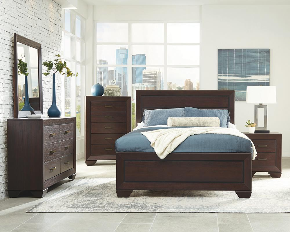 Fenbrook Collection - Kauffman Eastern King Panel Bed Dark Cocoa