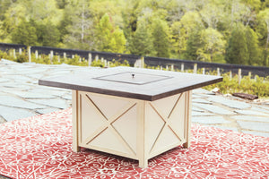 Open image in slideshow, Preston Bay Fire Pit Table