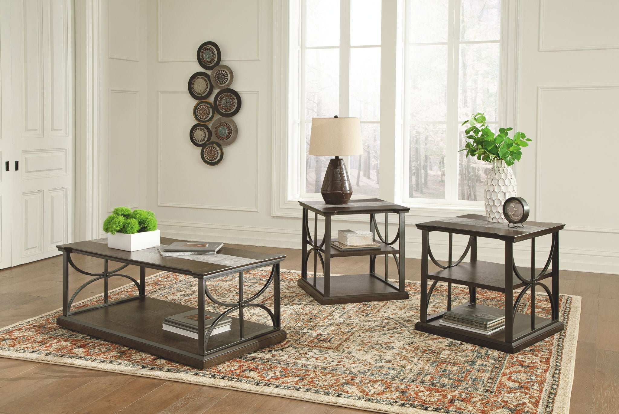 Carisbry Table (Set of 3)