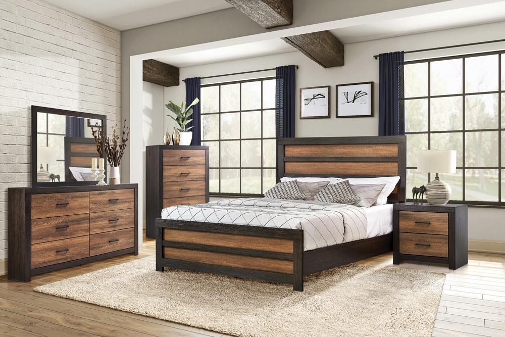 Dewcrest Collection - Dewcrest Eastern King Panel Bed Caramel And Licorice