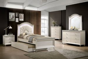 Open image in slideshow, ALLIE - 4 Pc. Twin Bedroom Set - Pearl White