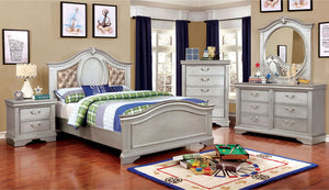 Open image in slideshow, CLAUDIA - 4 Pc. Twin Bedroom Set - Silver